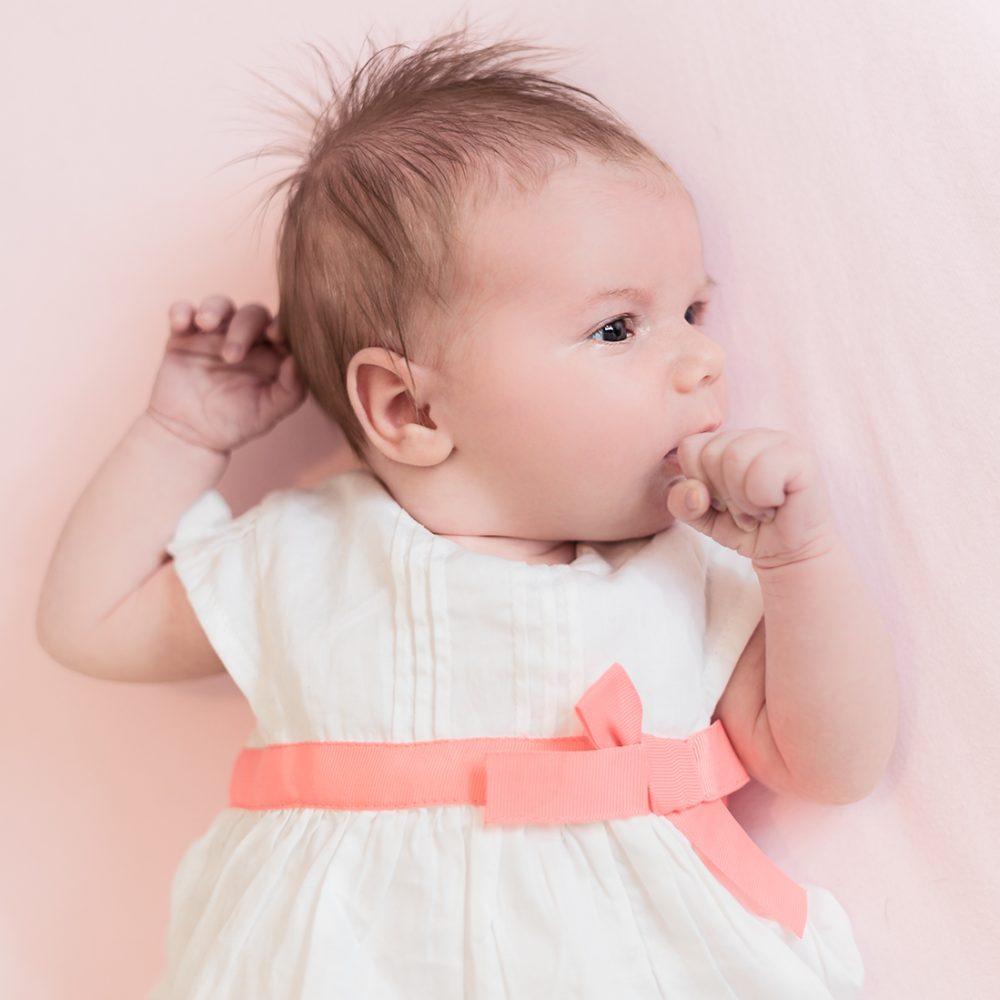nouveau ne naissance photographe maternite armelle dupuis