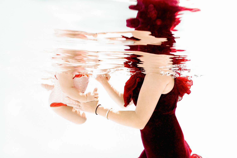 underwater bebe lyon armelle dupuis